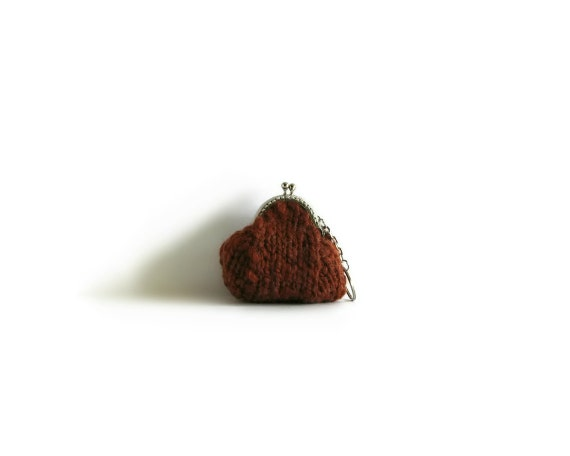 Rusty Brown Wool Hand Knit Clasp Coin Purse, Pouch, Chunky Knitted Pouch Kiss Lock Key Chain Small Change Purse, Cute Gifts for Her Under 20