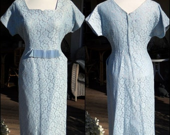 """Vintage 50s-60s Dress Baby Blue Lace - Demure Sweet & Sexy EASTER Spring - Bust 40"""" Medium"""