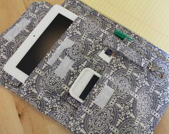 Full Size 7 Pocket Fabric Portfolio 8.5 x 11 Note Pad iPad iPhone Organizer Amy Butler