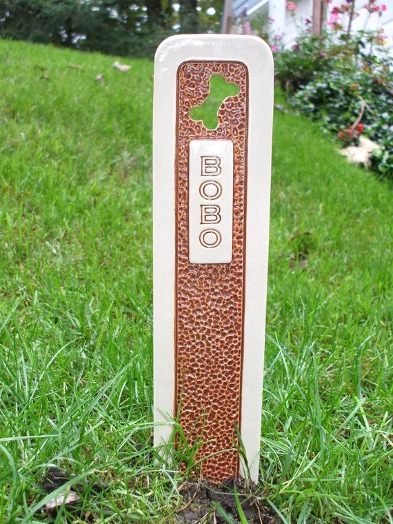 Pet Grave Marker Memorial Headstone Tombstone / custom handcrafted ceramic burial marker for all pets / brown and cream colored