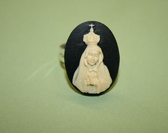 Medium Black Mother Mary Crown Cameo Ring
