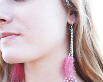 Pink Feather Dangling Earrings in Sterling Silver with Rhinestones and Swarovski Crystal