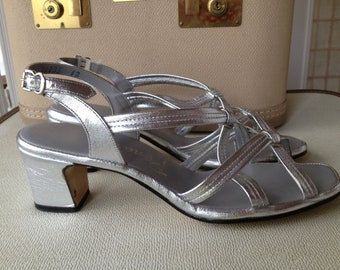 Disco Dancing Silver Strappy Penaljo Sandals Size 8