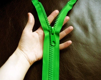 25 inches - LARGE ZIPPER in GREEN - fully separating long jacket style, big molded no.10 teeth