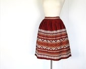 1950s Embroidered Skirt / Full 50s Skirt / Tribal Skirt / Rust Red Ombre / 27W