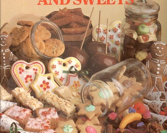 CANDY COOKBOOK Favourite Cookies Candies Sweets Vintage Recipes Dessert Shortbread Taffy Fudge Chocolate CrabbyCats Crabby Cats