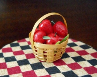 1:12 Scale (Dollhouse) Red Delicious Apples in a woven splint Harvest Basket - Indoor Fairy Garden