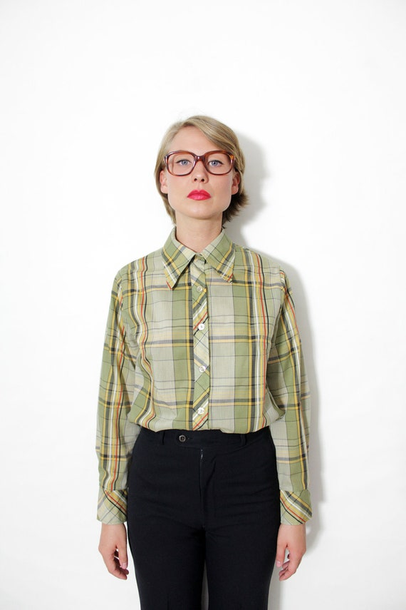 Vintage shirt / 70s green plaid long sleeve shirt / size S-M