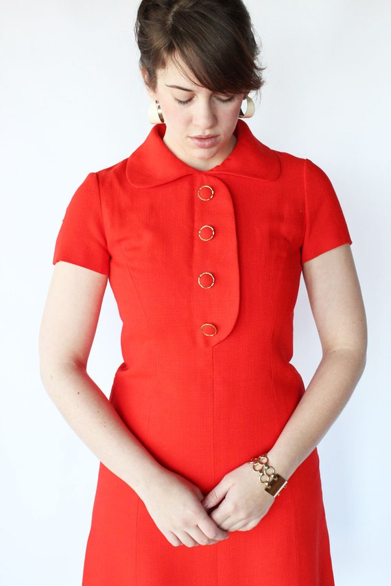 60s Mod Red Dress - Vintage Dress with Short Sleeves and Peter Pan Collar - S