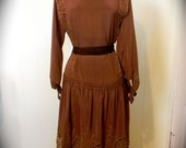 Beautiful Vintage 1920s Brown Silk Flapper Dress with Gorgeous Lace Trim S M -on sale - maybel57