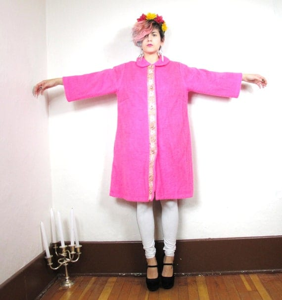 S A L E 60s Hot Pink Floral Embroidered Faux Fur Princess Coat (Xs/S)