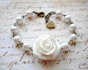 Rose Bracelet Pearl Bridal Bracelet Pearl Wedding Jewelry Bridesmaid Flower Bracelet Bridesmaid Gifts White Rose Bracelet Pearl Jewelry