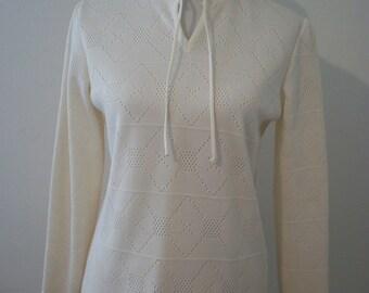 Vintage 70s cream crochet knit top - size Medium Large - FREE shipping worldwide