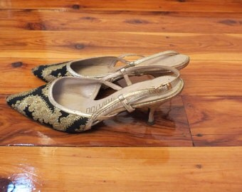 Vintage 1950s Preview Shoes Black and Gold Brocade Low Heel Heels Oriental Design
