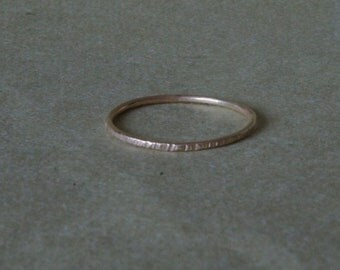 18k solid gold  band - textured hammered gold ring -  MADE TO ORDER