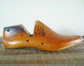 Large Antique Wooden Shoe Form Mens Size 10 EEE