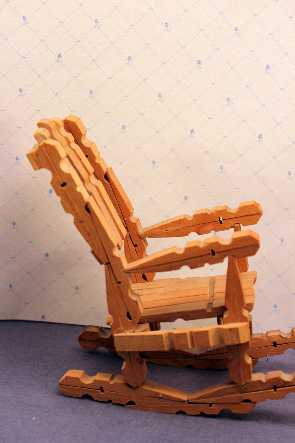 Vintage clothespin doll rocking chair toy folk art for Small wooden rocking chair for crafts