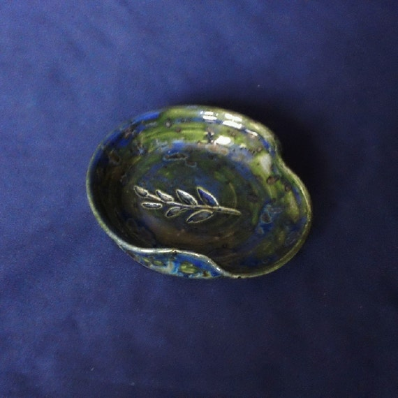 Pottery Spoon Rest Locust Leaf Design Handmade by Daisy Friesen