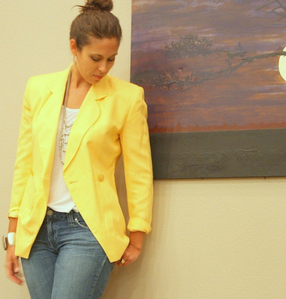 Dior Blazer - Womens Yellow Buttercream Linen 1980s Fashion - Size Small or 6  Free Shipping