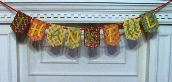 Fall Themed Thankful Banner for your Thanksgiving Themed Decor