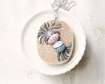 Wooden Necklace Oval - Hand Painted Illustration - Kissing Fish
