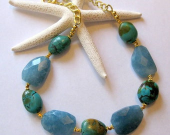 Green Turquoise Nuggets and Faceted Blue Quartz Stones Gold Tone  Link Chain  xLarge Necklace