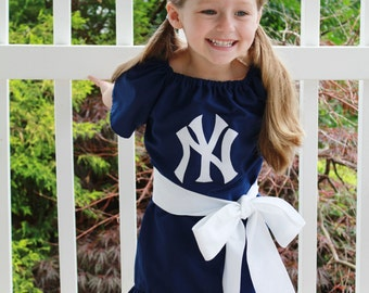 Sports Dress - New York Yankees Version size: 3T-6