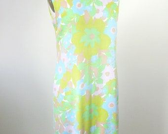 1960s Mod Floral Shift Dress Pastel Size Medium Large