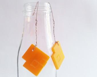 "Architectural Plexiglass Earrings ""Aila"""