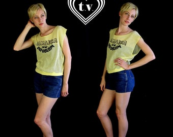 "vtg 80s yellow ""JAMAICA NO PROBLEM"" sheer mesh slouch t-shirt sm/med top crop novelty print"