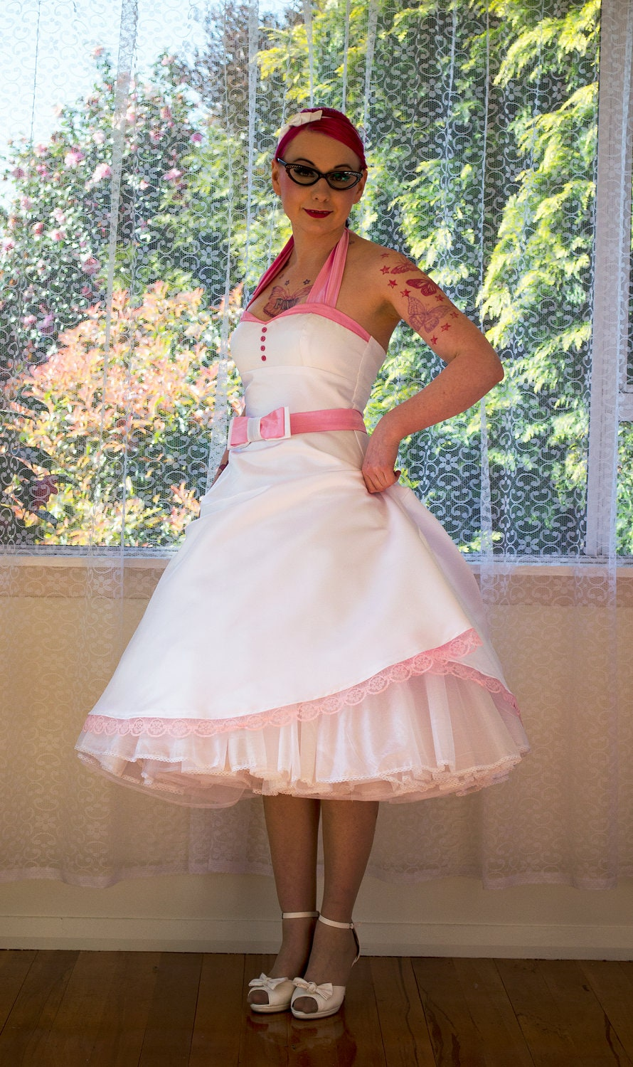 1950 39 s alice white wedding dress with pink for Wedding dresses white and pink