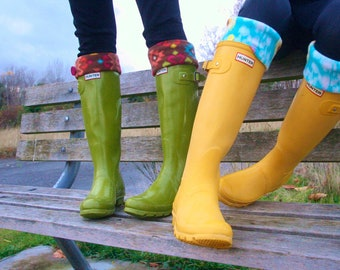 Tall Boot Socks SLUGS Fleece Rain Boot Liners Turquoise With A Ikat Tribal Cuff in Turquoise and Yellow (SM/Med 6-8 Boot)