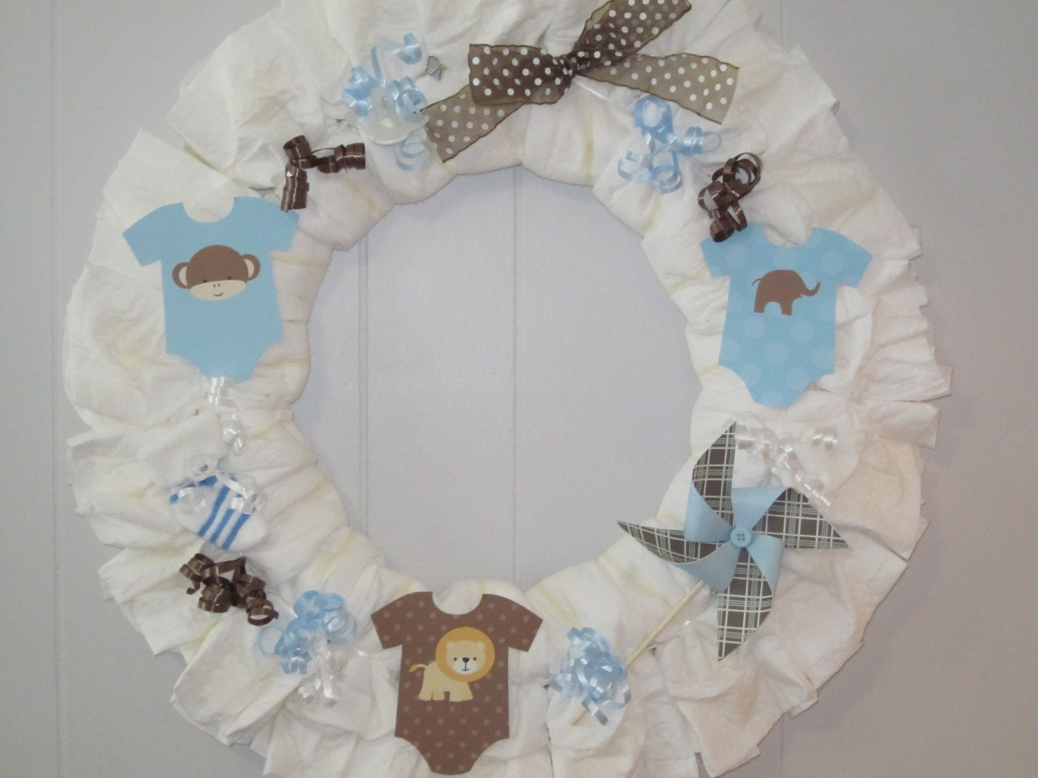 Baby boy diaper wreath boy baby shower decoration baby boy for Baby shower diaper decoration