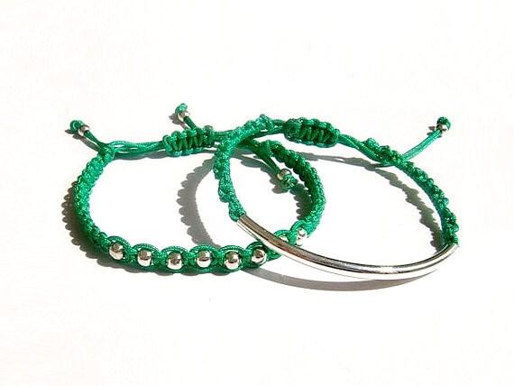 Macrame Bracelet, Beaded Bracelet, Emerald Green Friendship Stacking Bracelet, Set of two
