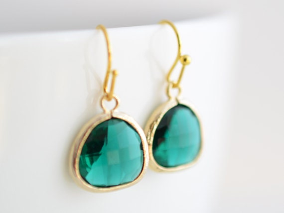 40% OFF, Simple Emerald Green gold earrings - Glass earrings, Bridesmaid gift, Wedding jewelry, Cocktail jewelry, Clip earrings, Emerald