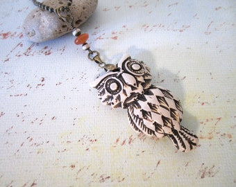 Owl Necklace - Distressed Resin