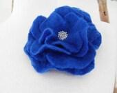 Felt Flower Brooch Pin Brooch Wedding Bridesmaid ideal Gift for her mom - ready to ship