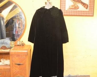 Inky Night Black 50s Velvet Swing Opera Evening Coat S / M