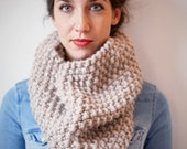 SAMPLE SALE Chunky Knit Cowl / Neckwarmer in Baby Fawn - 'The Ruskin Cowl'