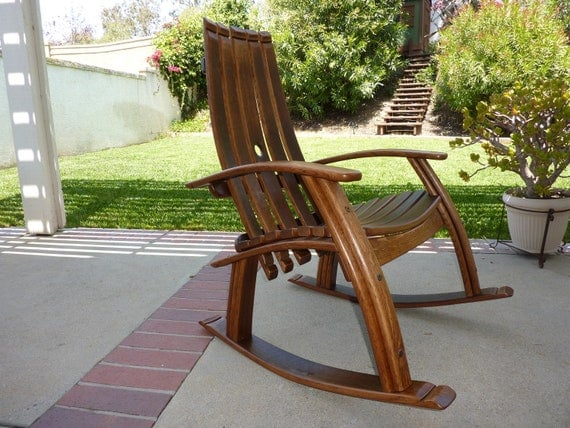 Wine barrel rocking chair - Costruire sedia a dondolo ...