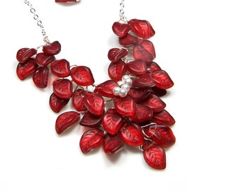 Red Beaded Necklace, Bridal Jewelry,  Floral Red Statement Necklace, Nature Jewelry
