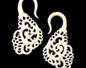 4G Pair Bone Fanfare Swans Gauged Plugs Hand Carved Organic Body Piercing Jewelry Earrings 4 gauge