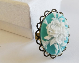 Flower Vintage Ring, Pastel Blue and White Resin Ring  - Antique Brass Filigree.