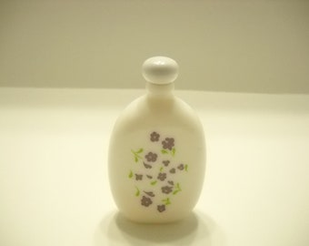 VINTAGE AVON LAVENDER Cologne--1.7 fl. oz. Milk Glass bottle--approx. 1/3 full (9 & 6)
