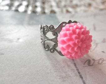 CLEARANCE 50% OFF Vintage Look Gunmetal Filigree and Dusty Pink Mum Adjustable Ring