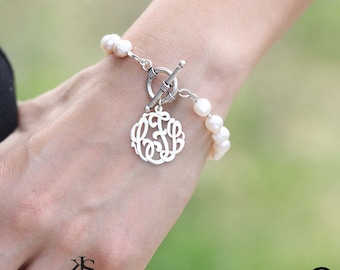 Pearl Bracelet with Monogram & Toggle Clasp. Personalized Initials Charm Bracelet, Personalized -  Sterling Silver, Yellow or Rose Gold