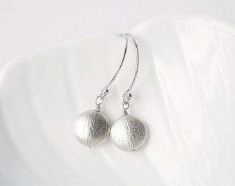 Little Silver Dot Earrings (Sterling Silver)