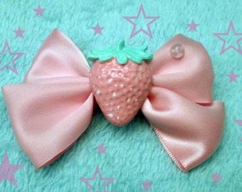 Kawaii Pink Pastel Strawberry Bow Hairclip