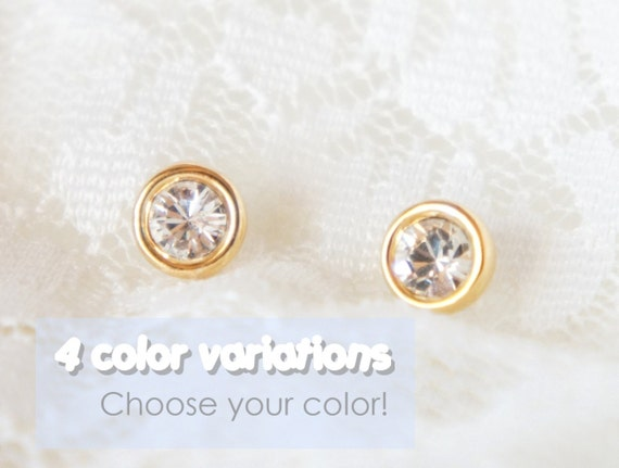 Choose your colour- Swarovski gold stud earrings- faceted gemestone- modern minimalist jewelry for everyday by noa noa