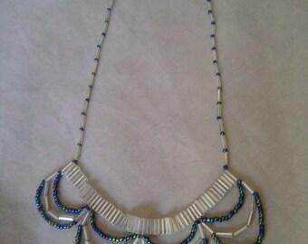 Iridescent Contrast Necklace